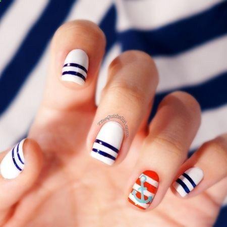 Don't forget to glam up your nails on your wedding day! #Nauticalnails #Funnails #Weddingnails #Nauticalwedding #Nauticaltheme