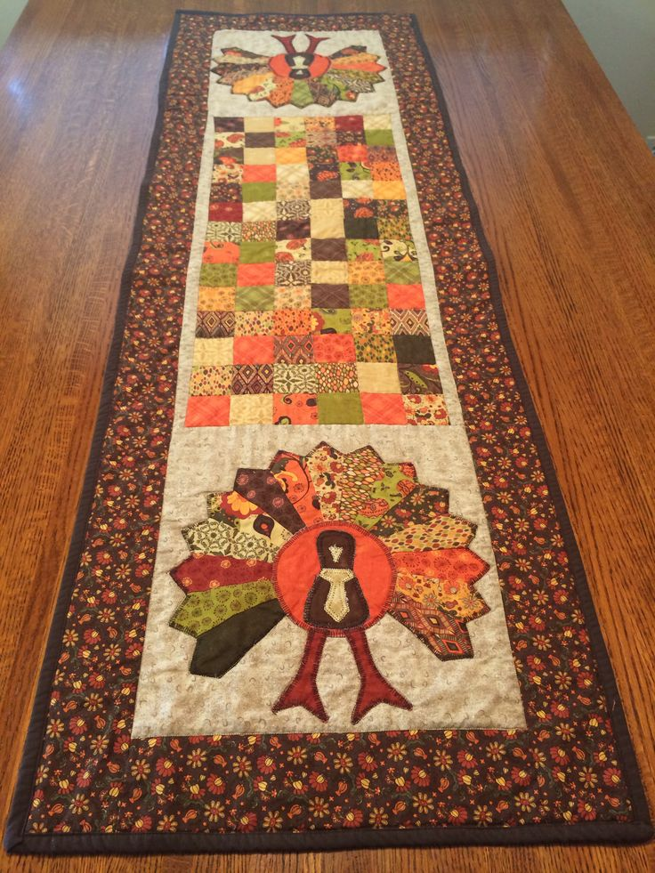 17 best images about table runners on pinterest hot pads for Table runner quilt design