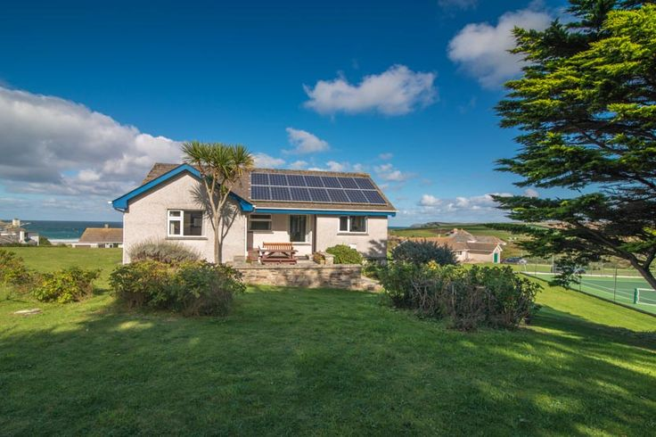 Trenley - Harlyn Bay - A Cornish, self catering holiday house to rent at #HarlynBay, just a short drive from #Padstow #Cornwall