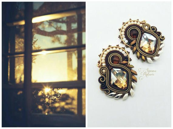 Ehi, ho trovato questa fantastica inserzione di Etsy su https://www.etsy.com/it/listing/507313362/soutache-swarovski-earrings #simonarotaris #soutachemania #soutache #earrings #pendientes #bouclesdoreilles #brincos #ohrringe #cercei #øreringe #oorbellen #øreringe #hikaw #auskarai #auskari #naušnice #minđuše #bouclesdoreilles #серьги #küpe #الأقراط #Ականջօղեր #耳环 #귀걸이 #σκουλαρίκια #ירינגז #сережки #eyrnalokkar #イヤリング #बालियां