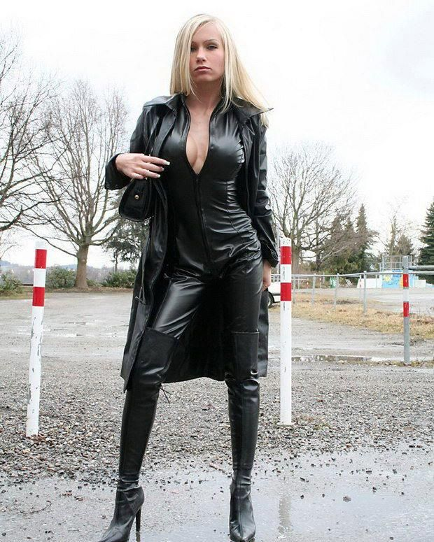 Mistress mina in hot solo and lesbian action - 5 1