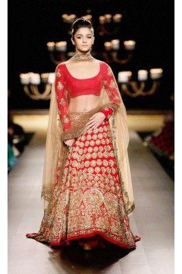Red and Golden Heavy Embroidered Georgette Lehenga  Choli Set #womensfashion #redbridallehenga #bridallehengacholi #georgettelehengacholi #ethniclehenga #bridallehengaonline