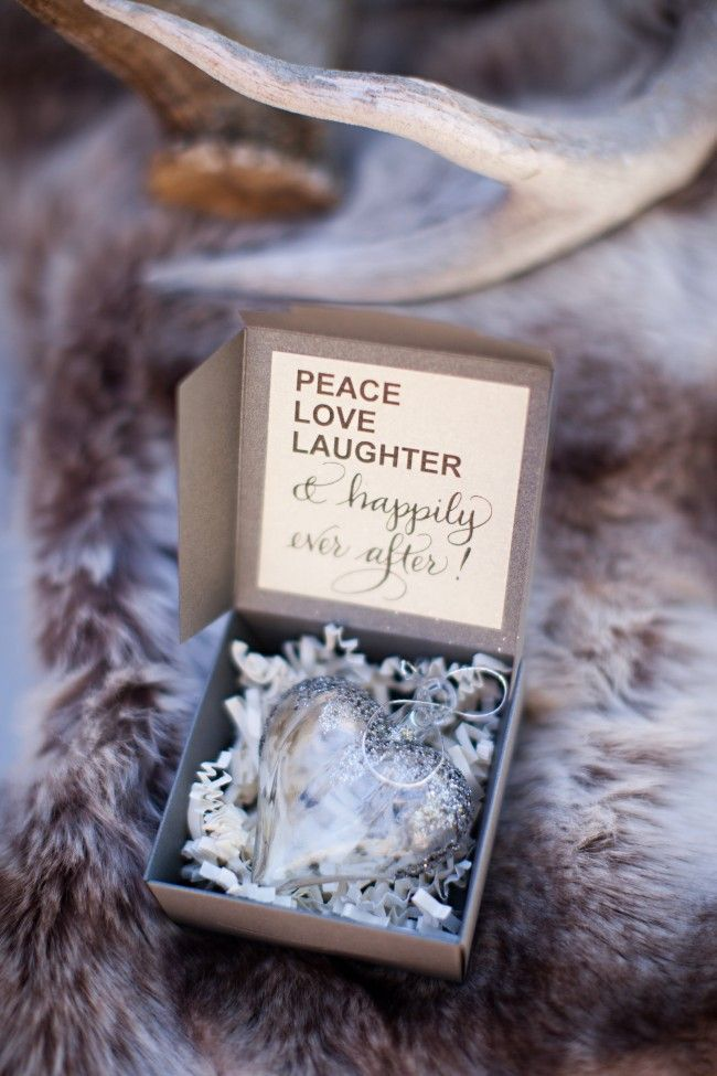 35 Brilliant Ideas for Winter Wedding Favors