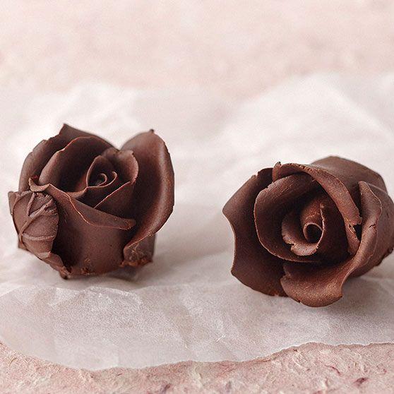 Muovailtava suklaamassa - Reseptejä