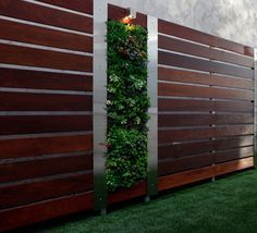 Ipe Wood Fence With Aluminium Posts | DIY Backyard Ideas on a Budget | DIY Garden Fence Ideas