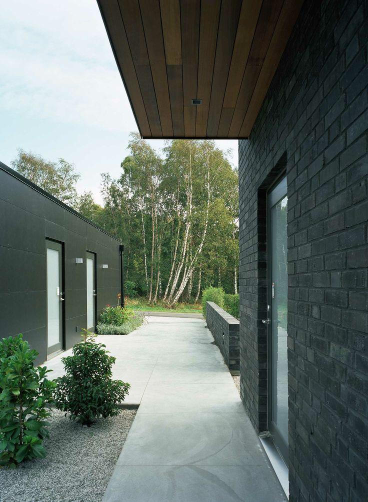 Stenläggning, garage, husfasad AH#062 – 246
