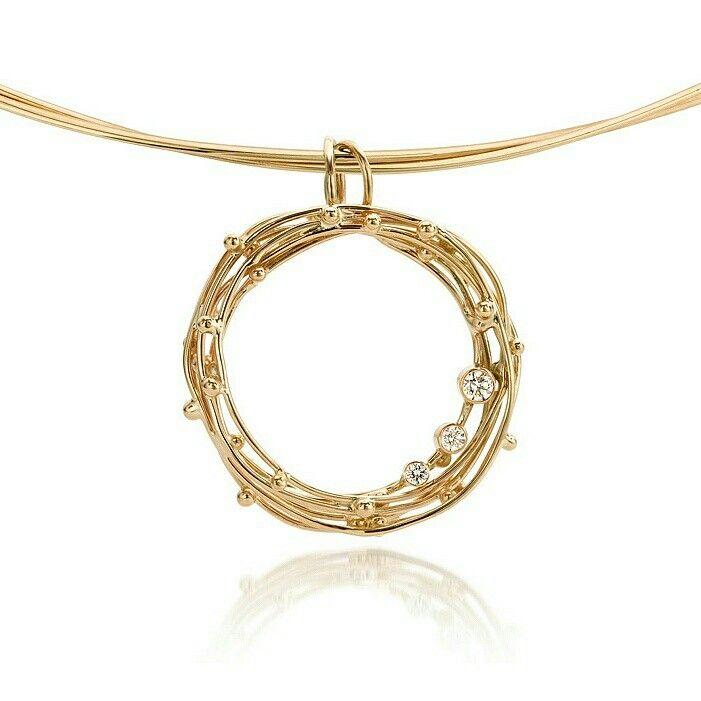 Fairtrade gold Threads of life pendant with three diamonds ♡ www.hoogenboombogers.com