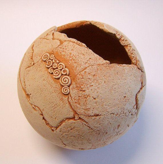 Sphere terracotta garden. TikaCeramics (on Etsy): Sphere Terracotta, Ceramic Ideas, Tika Ceramics, Pottery Clay, Terracotta Gardens
