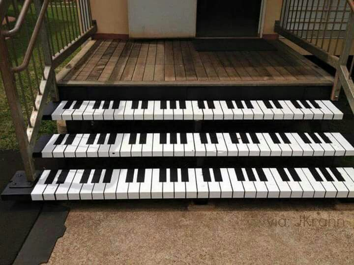 Amazing piano the piano pinterest pianos music life for Moderni piani a 4 piani