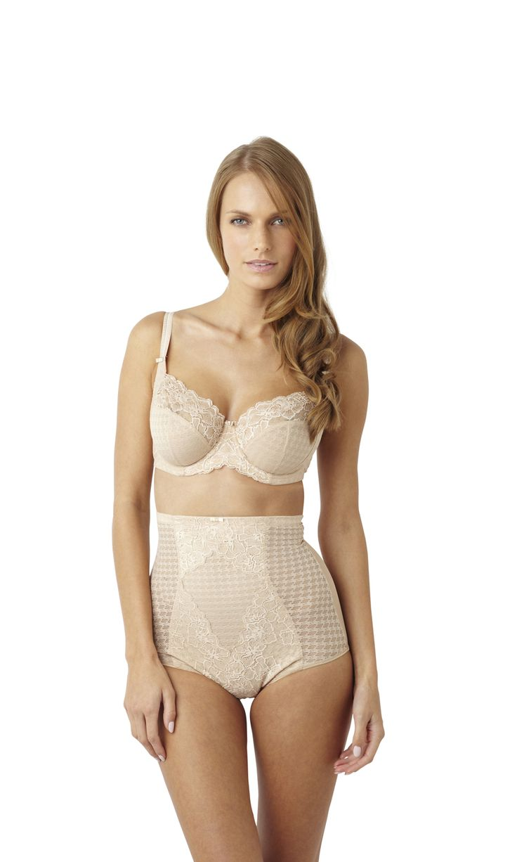 granny korselett Envy High Waisted briefs, creating a gorgeous silhoutte under your party  dress #partydress #