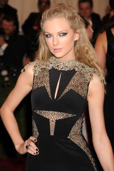 See Taylor Swift's beauty looks throughout the years.
