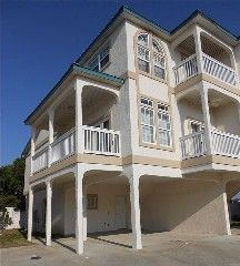 Newer Gulf View Luxury Townhome! 3+ Bedrms/3 Bath Rms Sleeps Up To 12 - VacationRentals.com