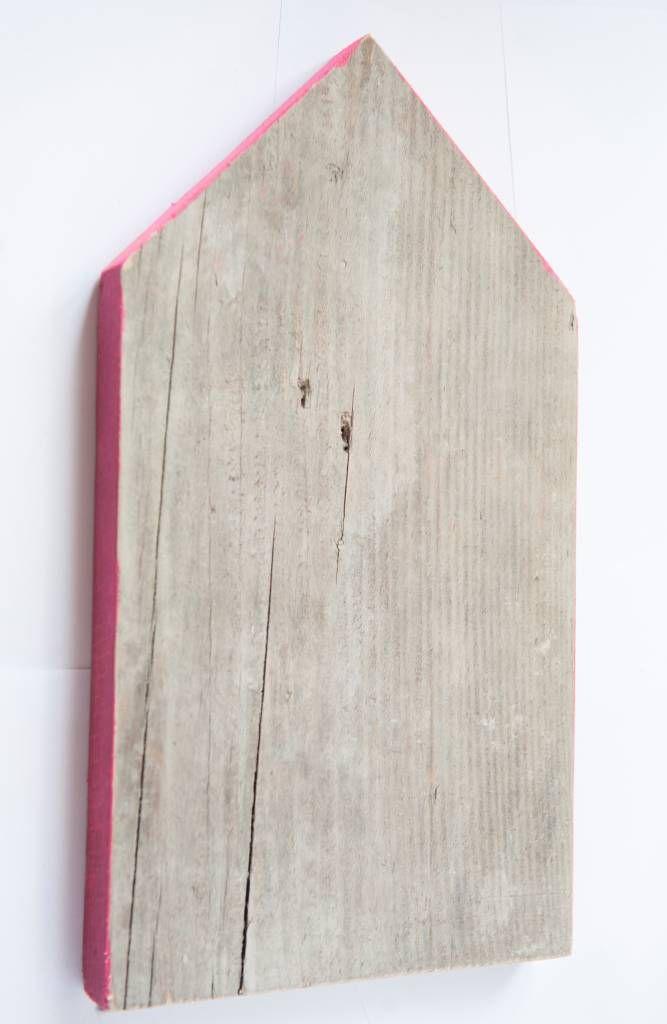 Steigerhout van Het Woonrecept Huisje steigerhout met fluor roze rand 36cm