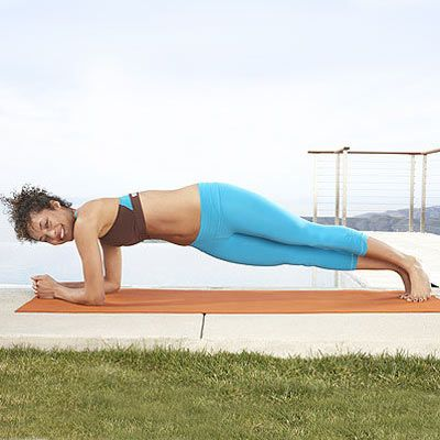 Front plank with twist Get on your knees and forearms with your elbows directly under your shoulders, fingers interlaced. Stretch your legs long, and come up on your toes into plank position. Exhale while twisting slightly to the left from your waist only. Inhale, returning to the starting position, then repeat on the opposite side—that's 1 rep. Do 3 sets of 10–12 reps.