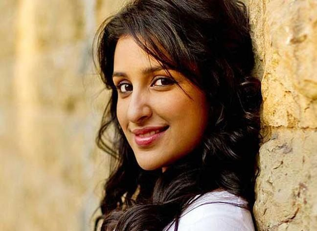 Parineeti chopra Real Cute Pix #ParineetiChopra #BollywoodActress #Hot #Cute #Parineeti