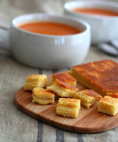 Grilled Chees Croutons & Simple Tomato Soup - Low Carb and Gluten-Free from @Carolyn Ketchum: Simple Soup Recipe, Low Carb, Simple Tomatoes, Healthy Grilled, Feeding America, Cheese Croutons, Chees Croutons, Grilled Cheeses, Tomatoes Soup