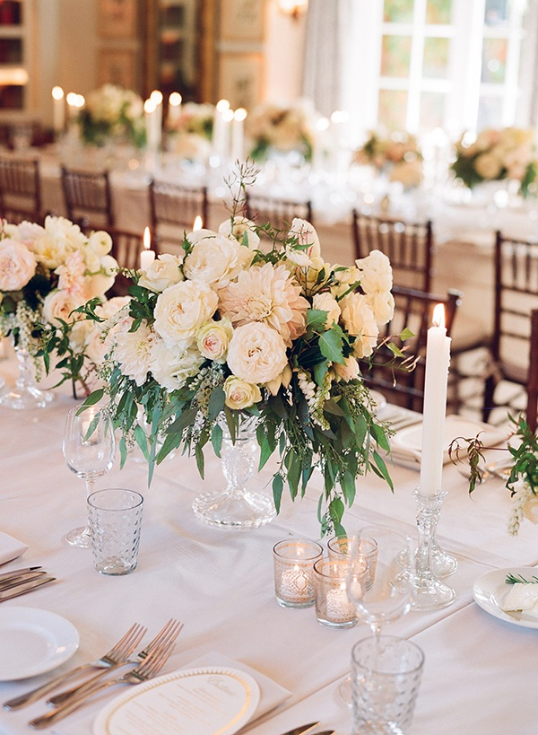 Romantic San Ysidro Wedding by @Elizabeth Messina as seen in Magnolia Rouge Magazine Issue 1, flowers by Mindy Rice #romanticwedding #classicwedding #tablescape www.magnoliarougemagazine.com