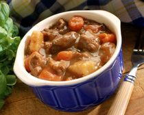 Classic Slow Cooker Beef Stew - turned out good, added garlic and a packet of onion soup mix