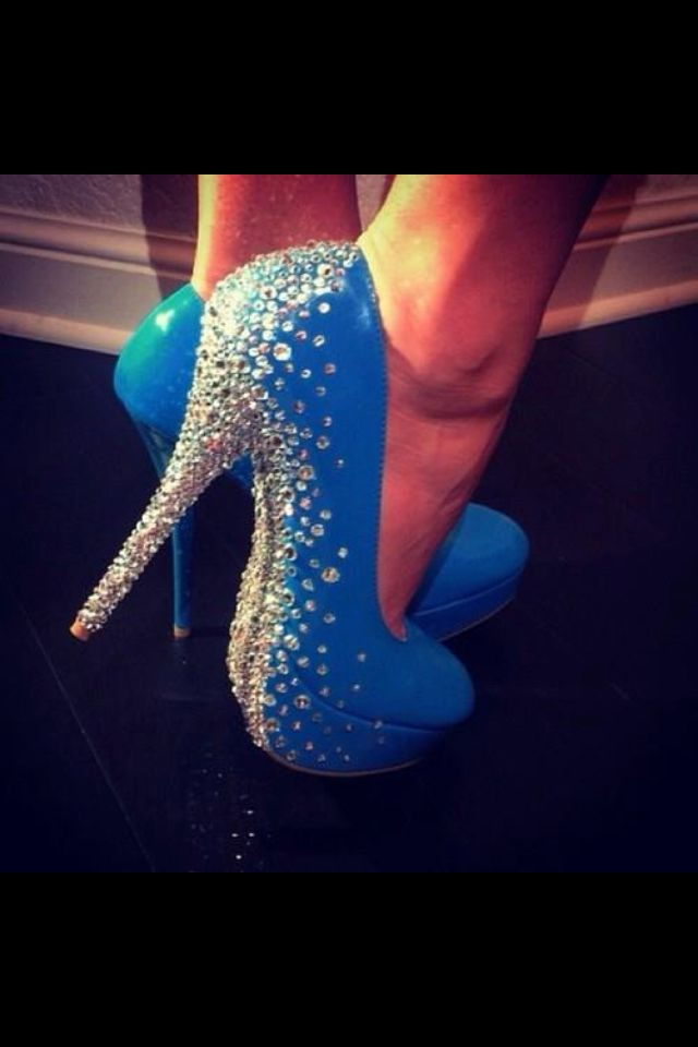 Sparkles & heels are my favorite combo