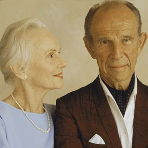 """Hume Cronyn and Jessica Tandy....Their Love Lasted A Lifetime...Far Into Old Age...Thru the """"Boards"""" of Broadway, To the Silver Screen, It Was """"Till Death Do We Part"""" For This Talented Pair...What A Couple!!"""