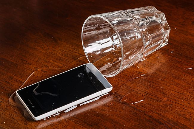 This device hopes to fix your water damaged phone - If you've been frantically looking up how to fix your water damaged phone on Google, thenthis new device may be your saving grace. Typically insurance won't cover the cost of a water damage phone, and if you're a smartphone owner, shelling out $600 to replace your now soaking ... - http://azbigmedia.com/ab/fix-water-damaged-phone