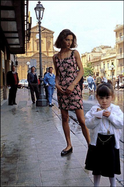 Ferdinando Scianna 1991 Sicily, Bagheria: Marpessa.