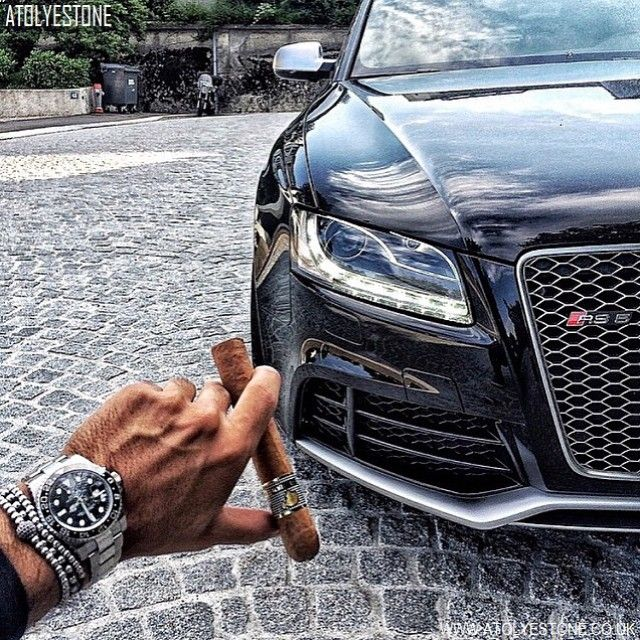 Fan Pic Of The Day ! |  @rolexial Posts A Cool Photo Of His Rolex GMT Master II Nicely Paired With Our Premium  Diamonds Ball & 18kt. White Gold Balls Bracelet X 18kt. White Gold Balls Bracelet X 18kt. White Gold Balls Macrame Bracelet | Great Combo  | For A Chance To Get Featured Post A Cool Photo Of Your ATOLYESTONE Jewelry With The Tag #atolyestone |