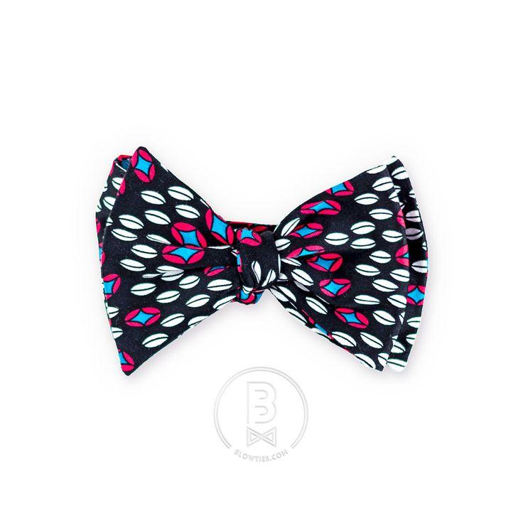 blowties >< circles bow-tie
