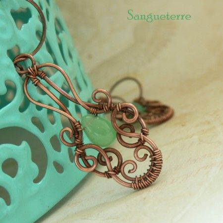 Ignifatu * mint earrings  * chrysoprase, copper  * wire wrap * wirewrapping * wire artisan * handmade * wire * work * wirewrapped * wired