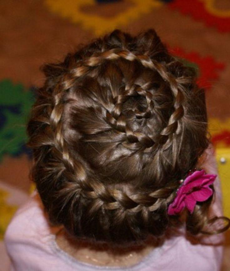 peinados con pelo recogido trenza-caracol