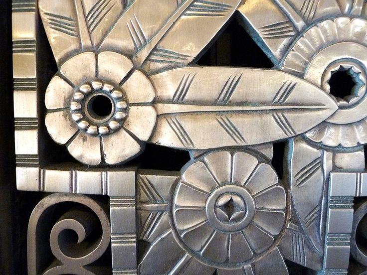 Chicago, Two North Riverside Plaza, Art Deco Metal Work