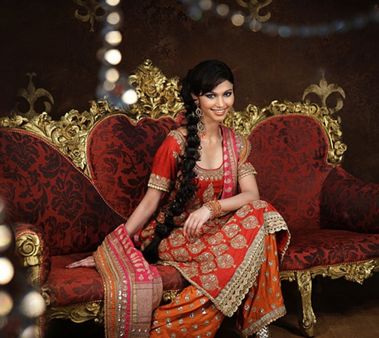 Red Bridal straight Kurta with gold zardozi work