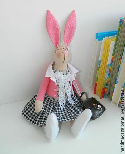 Зайка всезнайка - чёрно-белый,розовый,зайка тильда,зайка-учительница,любимому учителю