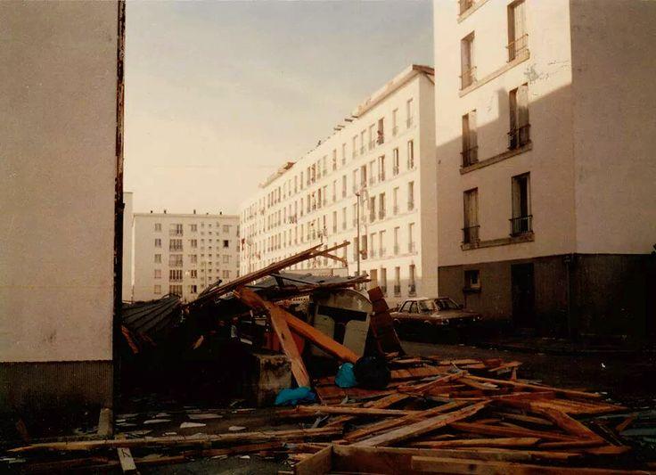 Concarneau (Finistère), la cité de Kerandon après la tempête d'octobre 1987.