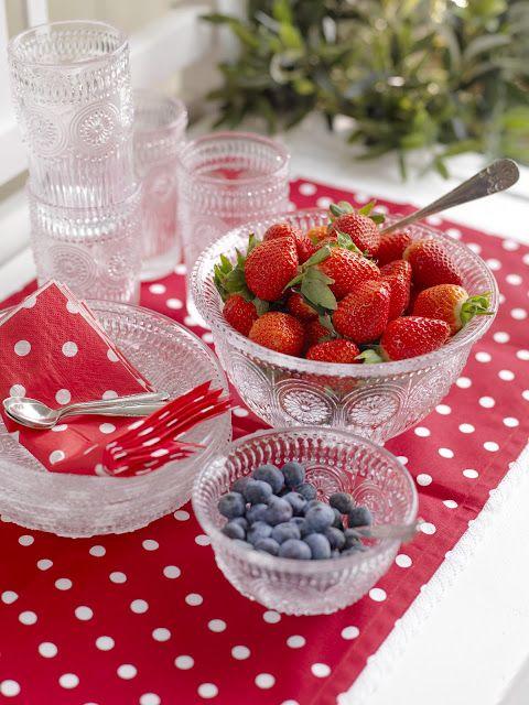 Kremmehuset-inspirasjon. Polkadotter er fint, og bær er godt. Lurt :)