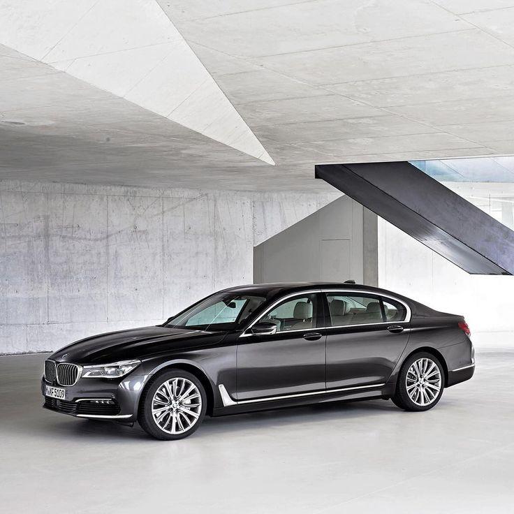 """Gefällt 211.3 Tsd. Mal, 481 Kommentare - BMW (@bmw) auf Instagram: """"Ensuring you always travel first class. The #BMW #7series Sedan."""""""