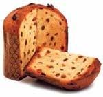 Il panettone nasce a Milano ai tempi di Ludovico il Moro, e ancora oggi è prodotto secondo la ricetta di 500 anni fa, ha una base cilindrica di 30 cm di altezza che termina in una forma a cupola. È ottenuto da un impasto lievitato a base di acqua, farina, burro, uova o anche tuorli, al quale si aggiungono frutta candita, scorzette di arancio e cedro in parti uguali, e uvetta.