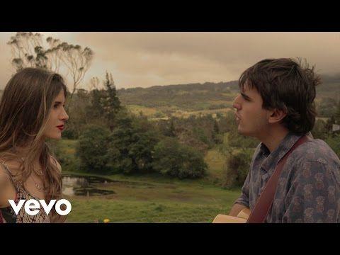 Morat - Mi Nuevo Vicio (Lyric) - YouTube