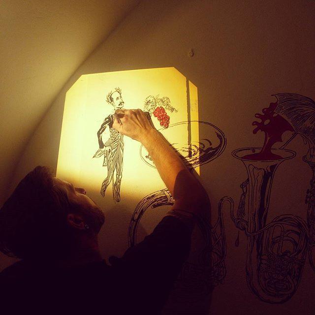#malba #interior #painting #thirwinebar #wine #art http://www.thir.cz/