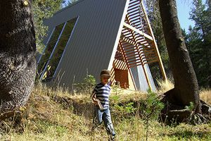 This modern A-frame is in a beautiful remote location in the Sierra National Forest, California at an elevation of 7000 feet. Fourteen miles above Bass Lake on the Sierra Vista Scenic Byway, this property is surrounded by amazing meadows, secret swimming holes, and miles and miles of undiscovered hiking trails. Your own private Yosemite without [...]