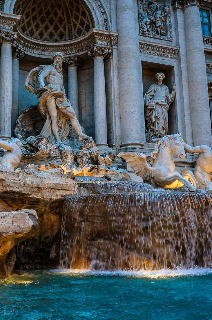 Fontana di Trevi in Rome one of the sights you should not miss when traveling to Italy