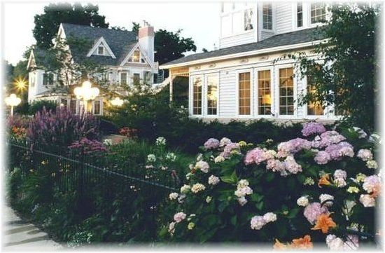 Yelton Manor Bed and Breakfast