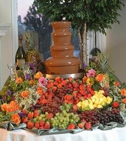 How to prepare food for chocolate fountains for a chocolate-e party treat?