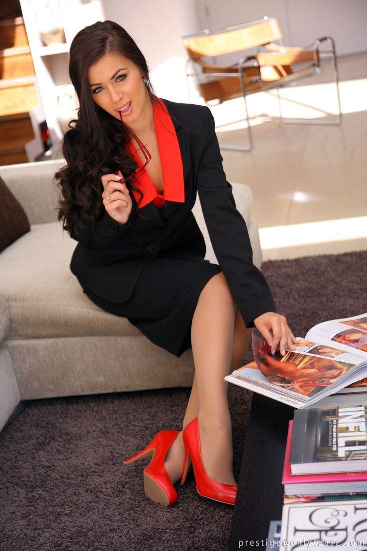 Natalia Phillips As Ms Secretary