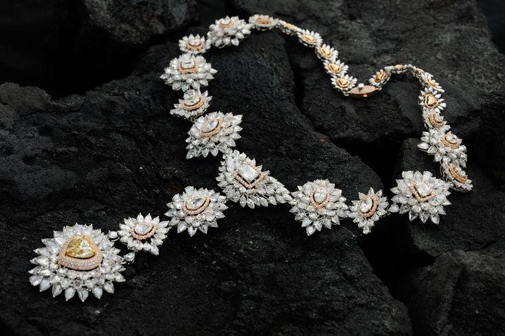 Бриллиантовое колье Kamyen