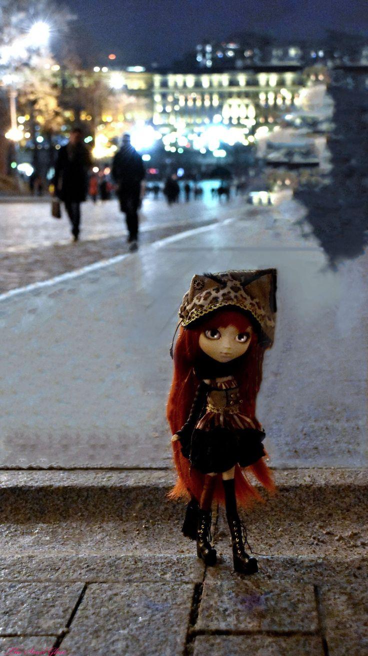Pullip Cheshire Cat Alice in Steampunk world doll