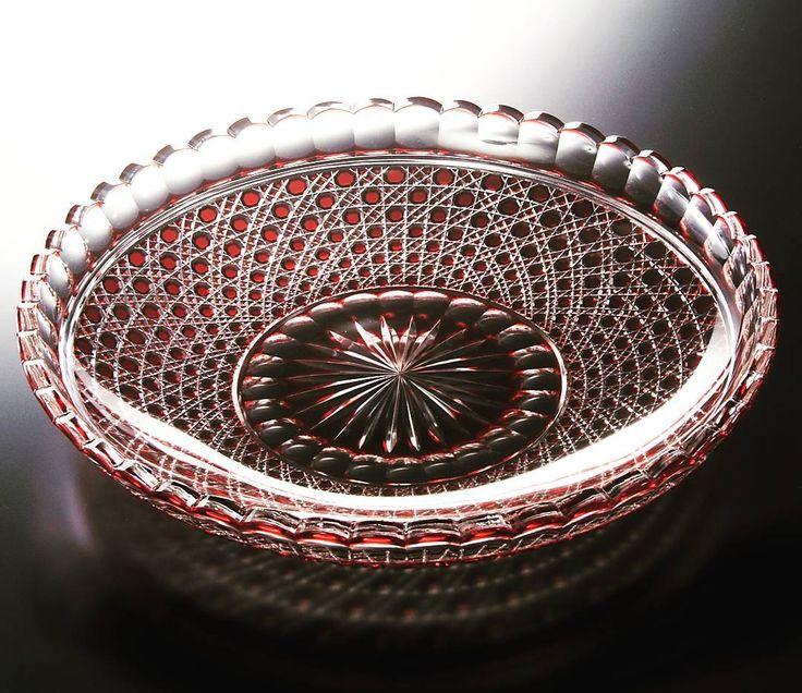 堀口硝子/金赤被輪花輪総籠目大皿。