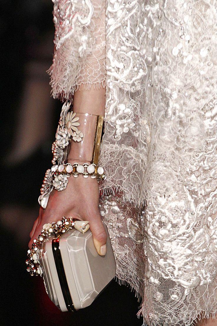 ELIE SAAB Haute Couture Fall Winter 2014-15 Accessories via: