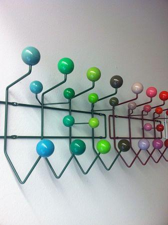 vitra hang it all rack shelf knows hamburg forward vitra hang it all. Black Bedroom Furniture Sets. Home Design Ideas