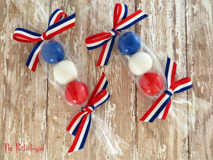 The Partiologist: 4th of July Favors!